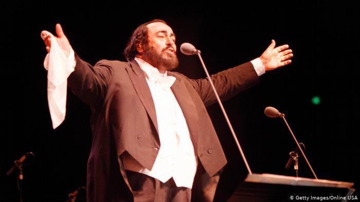 Opernsänger Luciano Pavarotti (Getty Images/Online USA)